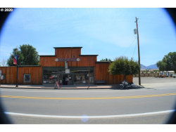 Photo of 131 W MAIN ST, Mount Vernon, OR 97865 (MLS # 20212619)