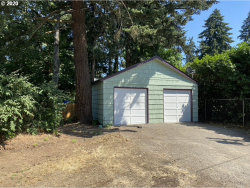 Photo of 9400 SE HOLLYWOOD AVE, Milwaukie, OR 97222 (MLS # 20030044)