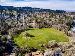 Photo of 490 E 39TH AVE, Eugene, OR 97405 (MLS # 20095096)
