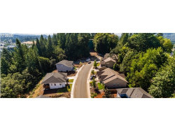 Photo of 3344 River Heights DR, Springfield, OR 97477 (MLS # 20118120)
