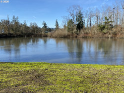 Photo of 343 IRONWOOD LOOP , Unit 9100, Creswell, OR 97426 (MLS # 20223170)