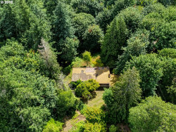 Photo of 777 ENGLEWOOD DR, Lake Oswego, OR 97034 (MLS # 20263743)