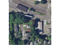 Photo of NW 32ND AVE, Portland, OR 97210 (MLS # 20388567)