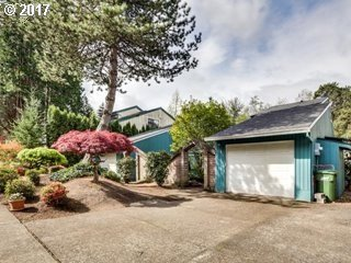 Photo for 15052 BOONES WAY, Lake Oswego, OR 97035 (MLS # 17525971)