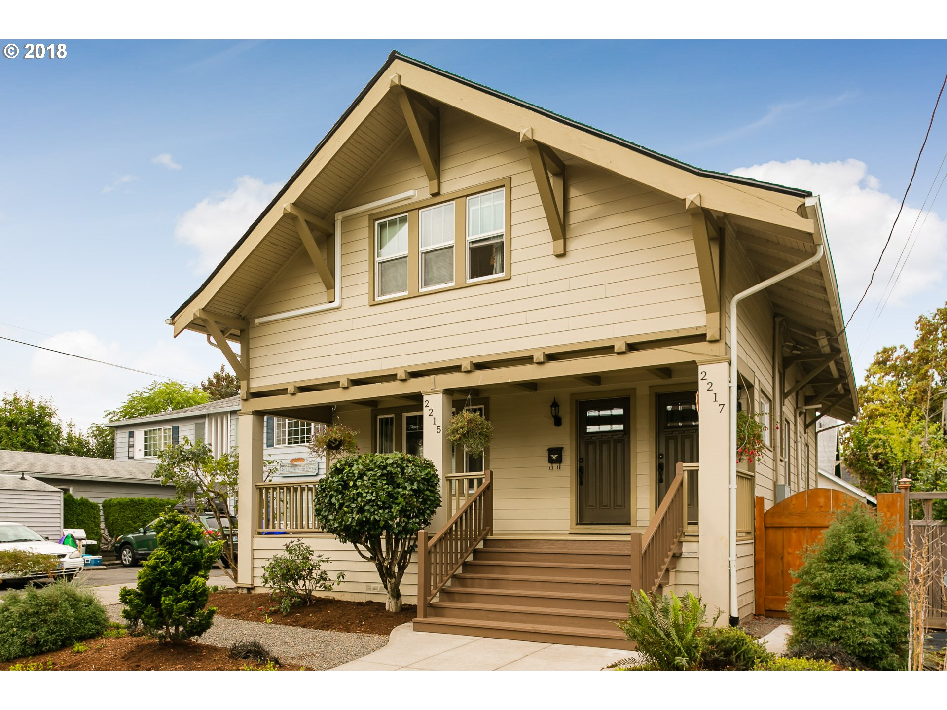 Photo for 2215 NE 46TH AVE, Portland, OR 97213 (MLS # 18022006)