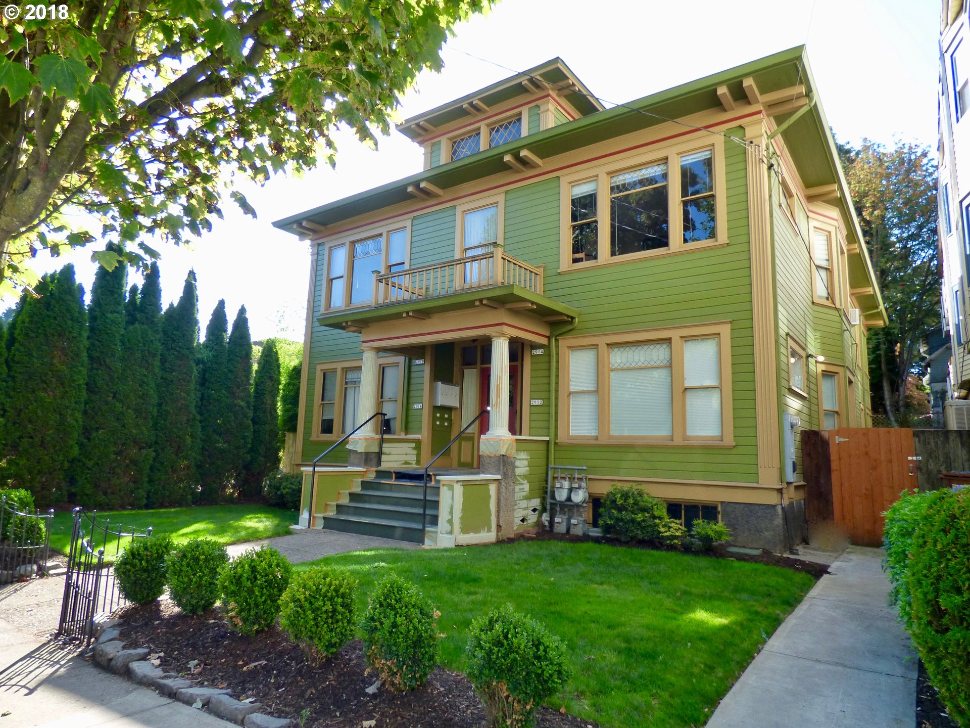 Photo for 2912 SE BELMONT ST, Portland, OR 97214 (MLS # 18108054)