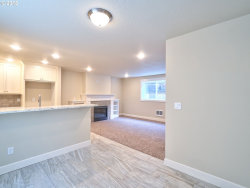 Tiny photo for 7439 N FISKE AVE, Portland, OR 97203 (MLS # 18418313)