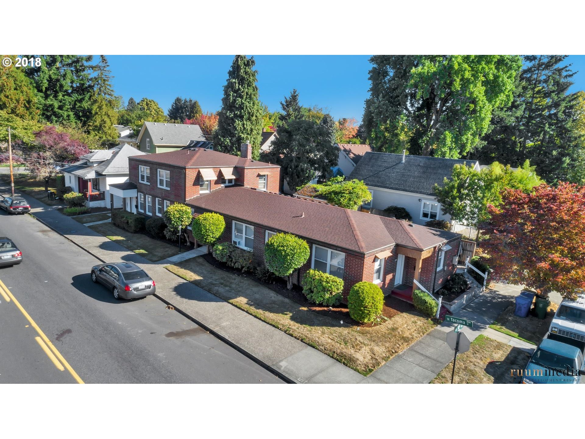 Photo for 8104 SE 8TH AVE, Portland, OR 97202 (MLS # 18531764)