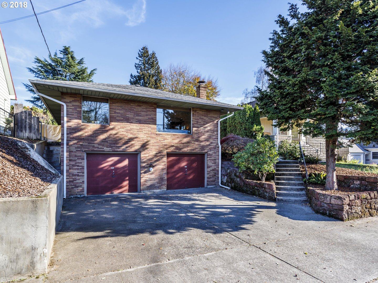 Photo for 240 NE 61st AVE, Portland, OR 97213 (MLS # 18675037)