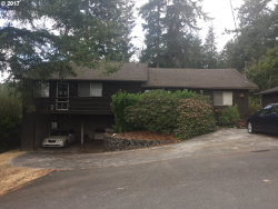 Photo of 957 S 11TH, Coos Bay, OR 97420 (MLS # 19217308)