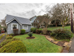 Photo of 846 S 11TH, Coos Bay, OR 97420 (MLS # 19468575)