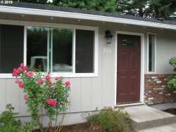 Photo of 2176 13TH ST, West Linn, OR 97068 (MLS # 19546668)