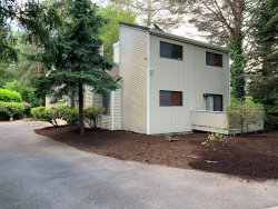 Photo of 5308 SW 53RD CT, Portland, OR 97221 (MLS # 19553756)