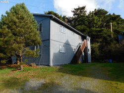 Photo of 820 JACKSON ST, Port Orford, OR 97465 (MLS # 20050097)