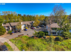 Photo of 2910 SW DOLPH CT, Portland, OR 97219 (MLS # 20290437)