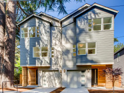Photo of 3817 SE 43rd AVE, Portland, OR 97206 (MLS # 20541261)