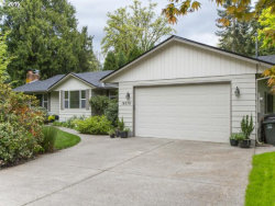 Photo of 19370 OLD RIVER DR, West Linn, OR 97068 (MLS # 15661169)