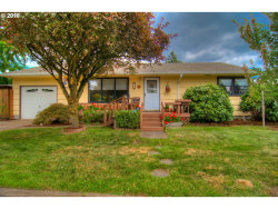 Photo of 108 SE 89TH AVE, Portland, OR 97216 (MLS # 16097365)