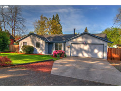 Photo of 13921 SE RIVER RD, Milwaukie, OR 97267 (MLS # 16256193)
