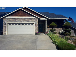 Photo of 59930 ISABELLA LN, St. Helens, OR 97051 (MLS # 17003473)