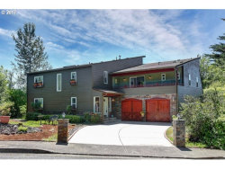 Photo of 2704 ORCHARD HILL LN, Lake Oswego, OR 97035 (MLS # 17003905)