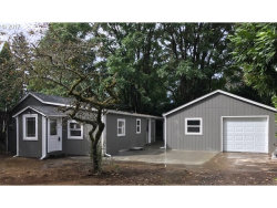 Photo of 5231 SE 108th AVE, Portland, OR 97266 (MLS # 17005079)