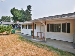 Photo of 2390 SW ECOLE AVE, Beaverton, OR 97005 (MLS # 17026926)