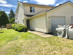 Photo of 12632 SE TAGGART ST, Portland, OR 97236 (MLS # 17034471)