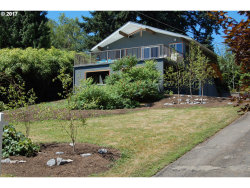 Photo of 9305 SW VIEW POINT TER, Portland, OR 97219 (MLS # 17035614)
