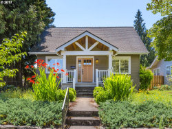 Photo of 514 NE HOLLAND ST, Portland, OR 97211 (MLS # 17078392)