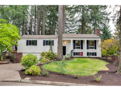 Photo of 19180 INDIAN CREEK AVE, Lake Oswego, OR 97035 (MLS # 17085635)