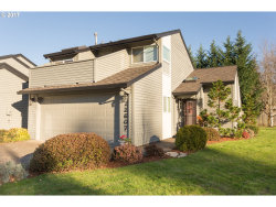 Photo of 12607 SW BARBERRY DR, Beaverton, OR 97008 (MLS # 17095906)