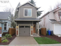 Photo of 8829 N BAYARD AVE, Portland, OR 97217 (MLS # 17100035)