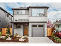 Photo of 5385 NE 16TH AVE, Portland, OR 97211 (MLS # 17138489)