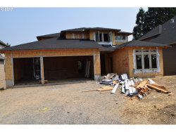 Photo of 14188 SW 118TH CT, Tigard, OR 97224 (MLS # 17143999)