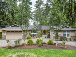 Photo of 2325 PARK RD, Lake Oswego, OR 97034 (MLS # 17161447)