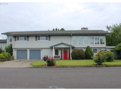 Photo of 13708 NE KLICKITAT CT, Portland, OR 97230 (MLS # 17162000)