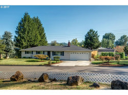 Photo of 17798 SE PARADISE DR, Milwaukie, OR 97267 (MLS # 17169838)