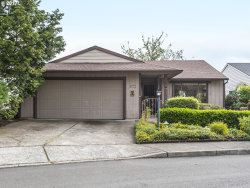 Photo of 15370 SW OAKTREE LN, Tigard, OR 97224 (MLS # 17174047)