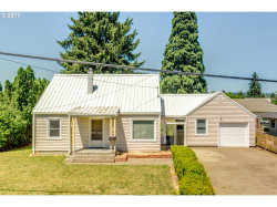 Photo of 801 E 9TH ST, Newberg, OR 97132 (MLS # 17193800)