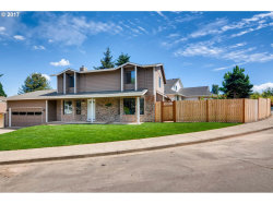 Photo of 16285 SW BRIDLE HILLS DR, Beaverton, OR 97007 (MLS # 17200551)