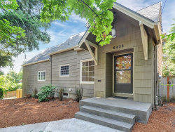 Photo of 8435 SW 11th AVE, Portland, OR 97219 (MLS # 17216688)