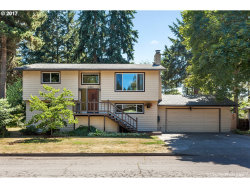 Photo of 14930 S GREENTREE DR, Oregon City, OR 97045 (MLS # 17221288)