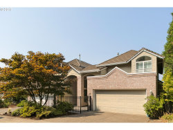 Photo of 28 NORTHVIEW CT, Lake Oswego, OR 97035 (MLS # 17236271)