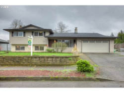 Photo of 7140 VALLEY VIEW DR, Gladstone, OR 97027 (MLS # 17241031)