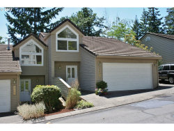 Photo of 4430 GOLDEN LN, Lake Oswego, OR 97035 (MLS # 17246892)