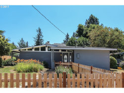 Photo of 11544 SE LINCOLN CT, Portland, OR 97216 (MLS # 17251137)