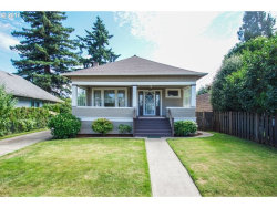 Photo of 7412 N KELLOGG ST, Portland, OR 97203 (MLS # 17283600)