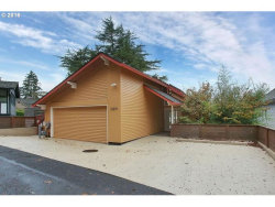 Photo of 16819 GREENBRIER RD, Lake Oswego, OR 97034 (MLS # 17285446)