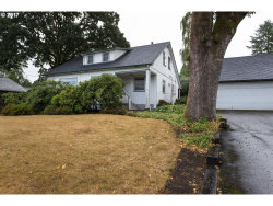 Photo of 10910 SW 61ST AVE, Portland, OR 97219 (MLS # 17292909)